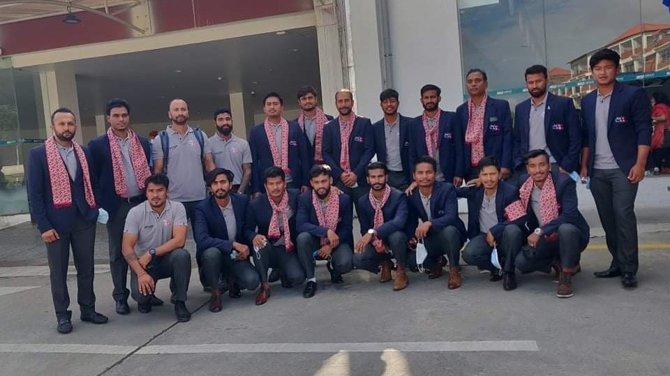 आईसीसी विश्व क्रिकेट लिग–२ खेलेर फर्कियो राष्ट्रिय टोली
