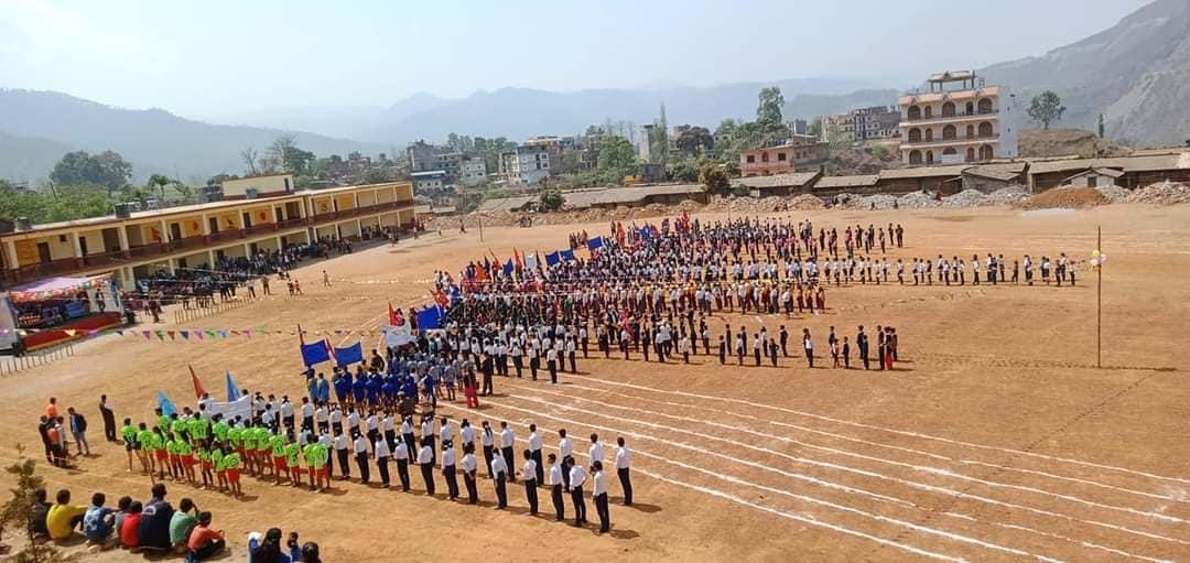 चौरजहारीमा राष्ट्रपति रनिङ शिल्ड तथा नगर प्रमुख कप सुरु